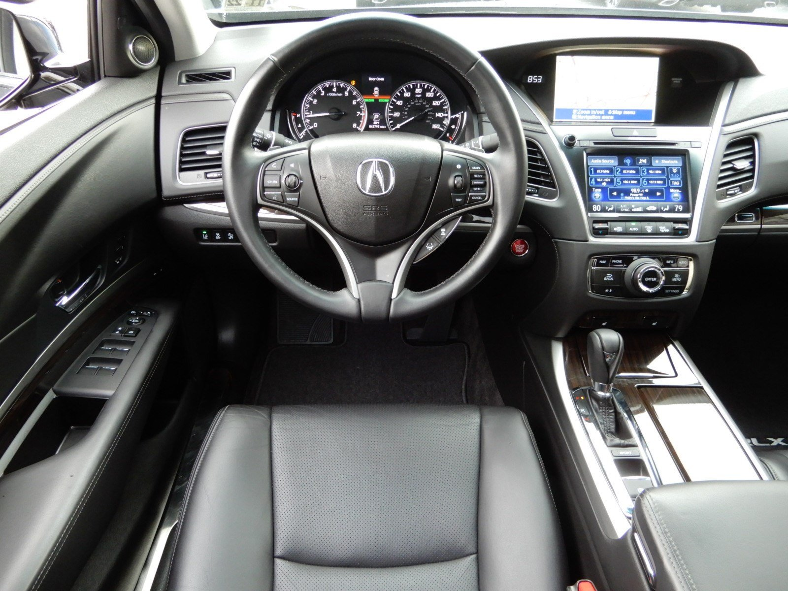 Pre-Owned 2017 Acura RLX